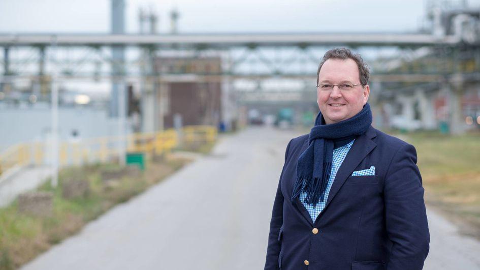 Dr. Hinnerk G. Becker, Marktsegmentleiter Spezialitäten im Geschäftsgebiet Performance Intermediates