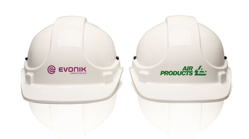 2016: Evonik welcomes colleagues from Air Products