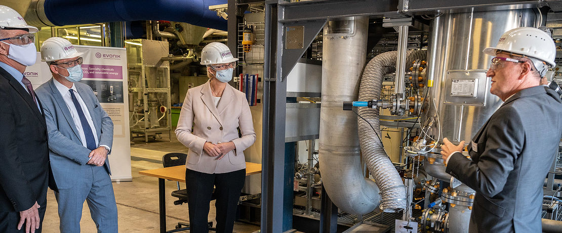 Commissioning of the Rheticus test plant in Marl by Evonik and Siemens-Energy. Copyright: BMBF/Hans-Joachim Rickel